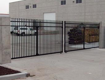 iron-gates1