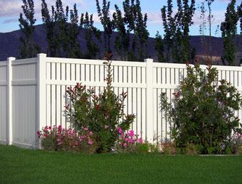 vinyl-fencing1