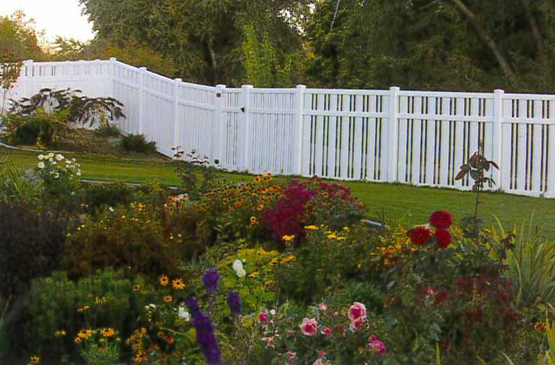 Durable Vinyl Fence Installation Utah The Fence Specialist